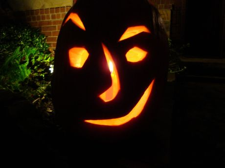 Halloween Carved Pumpkin 2009 [50%]